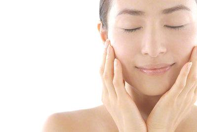 乾燥からお肌を守る2つのポイント(^^)b