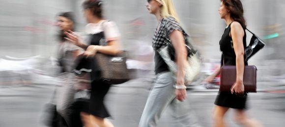 シミくすみは都会女性に多い